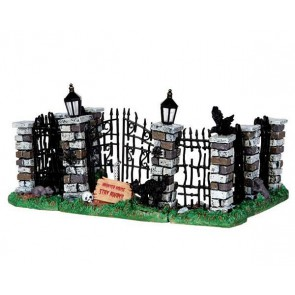 Lemax Spooky Iron Gate And Fence